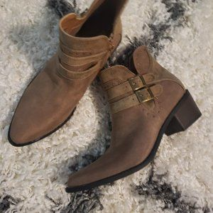Cute Taupe Bootie